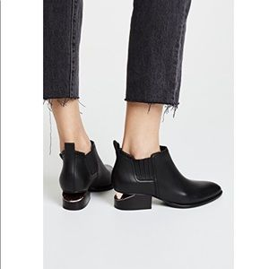 ❤️ NEW Alexander Wang Black Leather Bootie_ sz 38